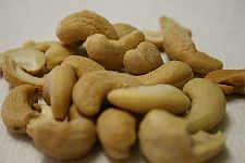 cashews_thumb
